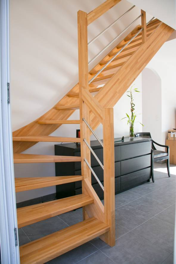escalier d co en kit vente d 39 escalier en kit sur mesure bordeaux cote escalier. Black Bedroom Furniture Sets. Home Design Ideas