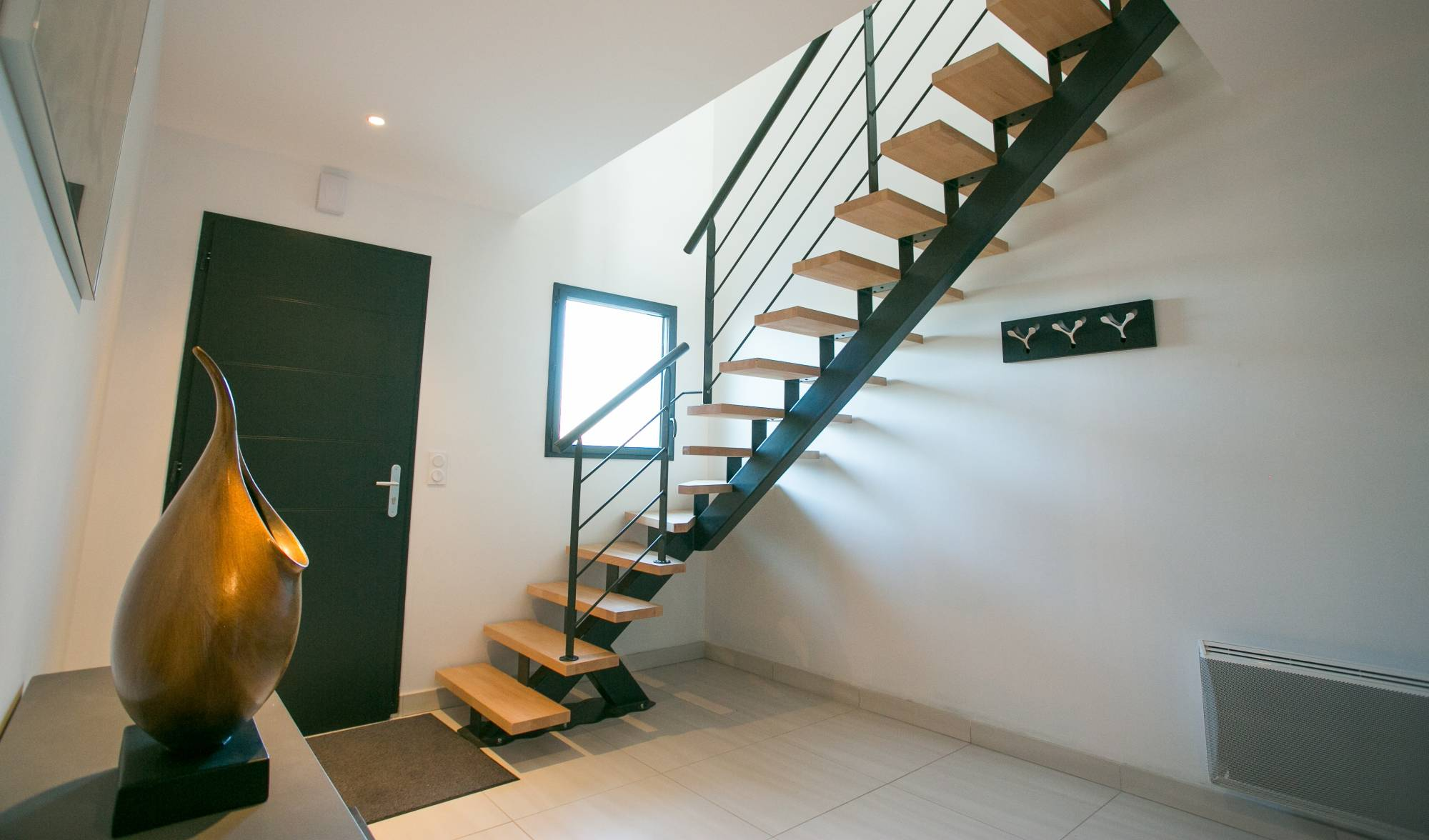 fabricant d 39 escalier en kit bordeaux cote escalier. Black Bedroom Furniture Sets. Home Design Ideas