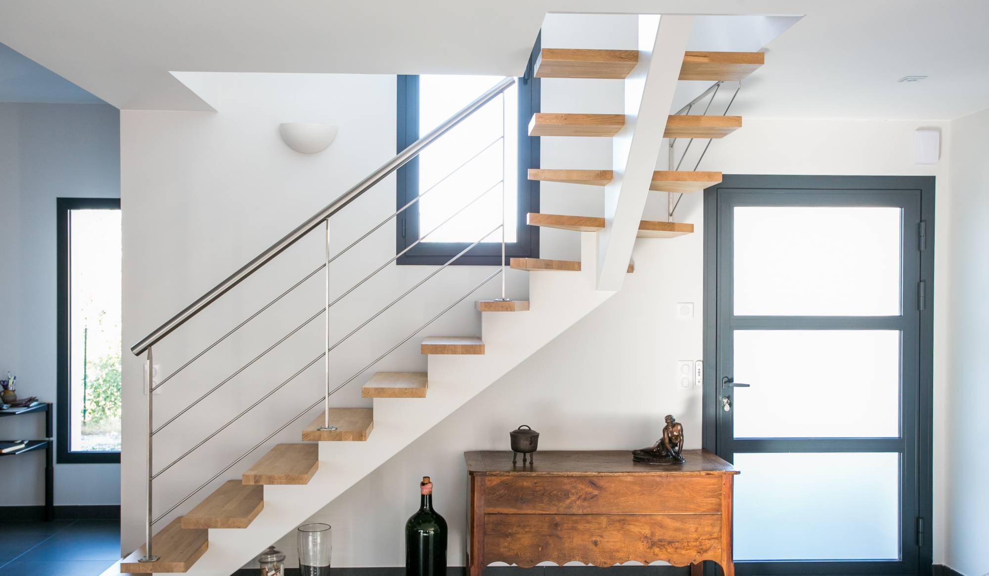 echelle mezzanine h lico dale vente d 39 escalier en kit. Black Bedroom Furniture Sets. Home Design Ideas
