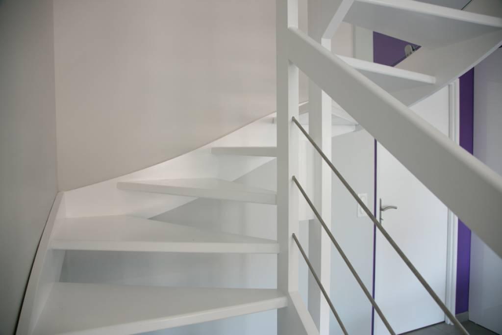 fabricant d 39 escalier sur mesure pas cher bordeaux cote. Black Bedroom Furniture Sets. Home Design Ideas